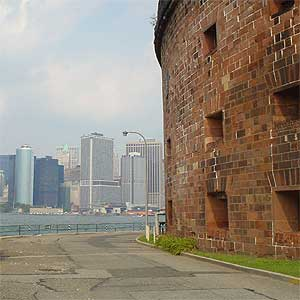 Castle Williams & Manhattan Skyline
